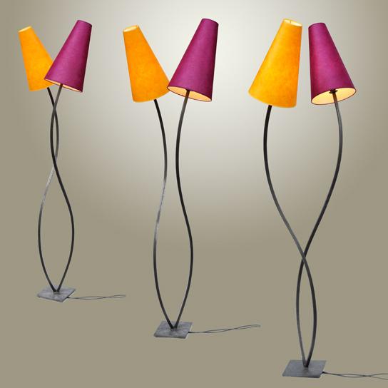 Lampadaire double - Structure acier, abat-jour papier sur PVC - 534€