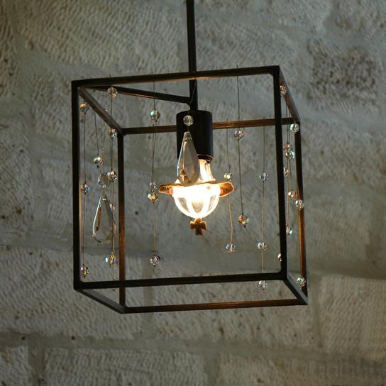Cairo - Suspension Cubique médium avec cristaux - 340 €
