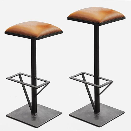 Tabouret de bar Totem - Design Cyrille Varet